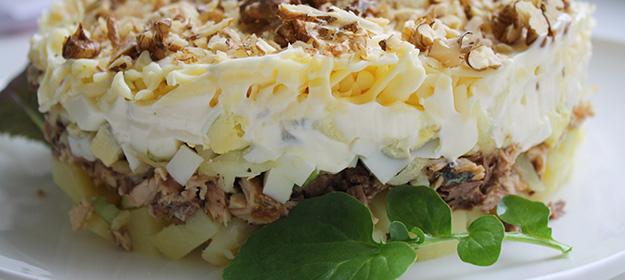 Салат из консервированной иваси