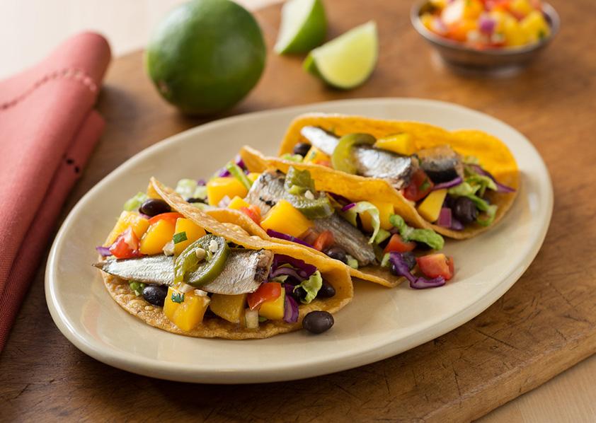 Закуска из иваси по-мексикански с соусом Сальса